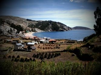 jedna ze tří vesniček na ostrově